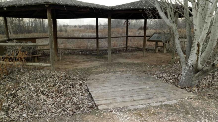 Observatorio de Aves del Centro de educación ambiental Caserio de Henares