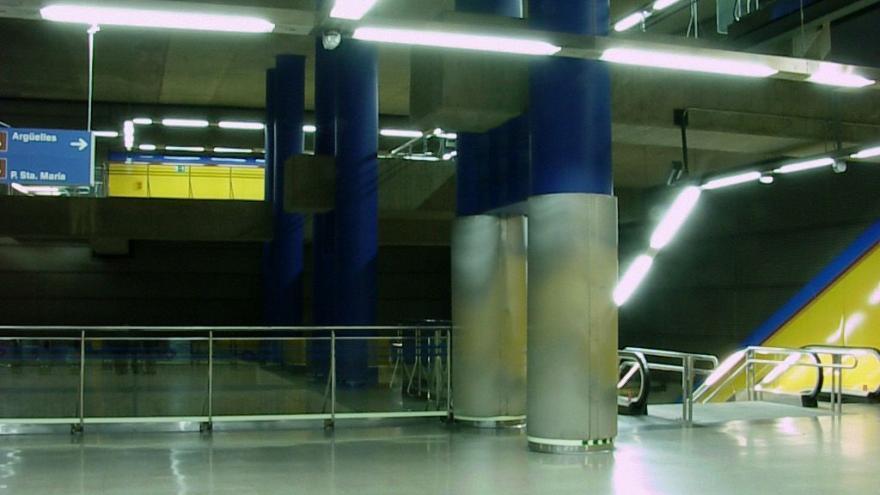 Vestíbulo de la estación de Canillas