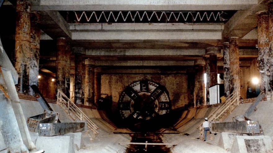 Cale de la tuneladora en la estación de Canillas
