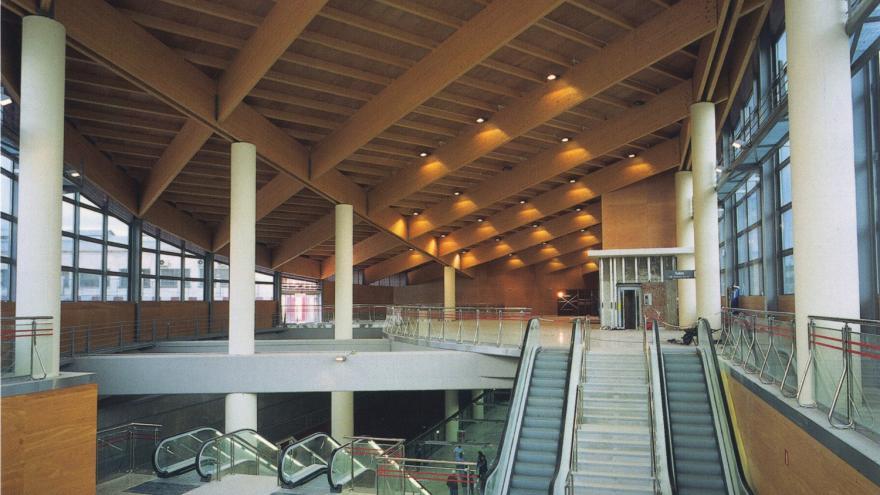 Interior intercambiador Getafe Central