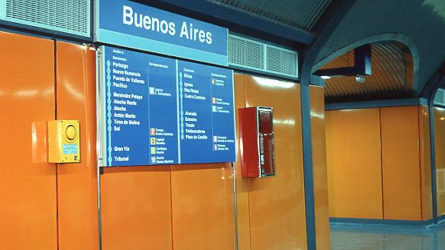 Señalización en la estación de Buenos Aires