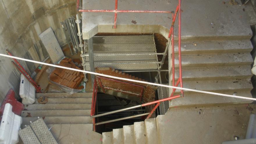 Losa escalera salida de emergencia