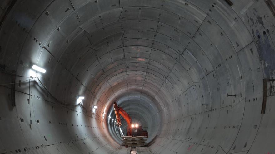 Túnel realizado con tuneladora E.P.B.