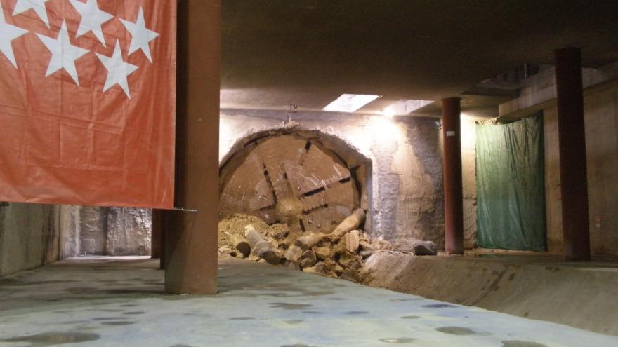 Entrada de la tuneladora en una estación