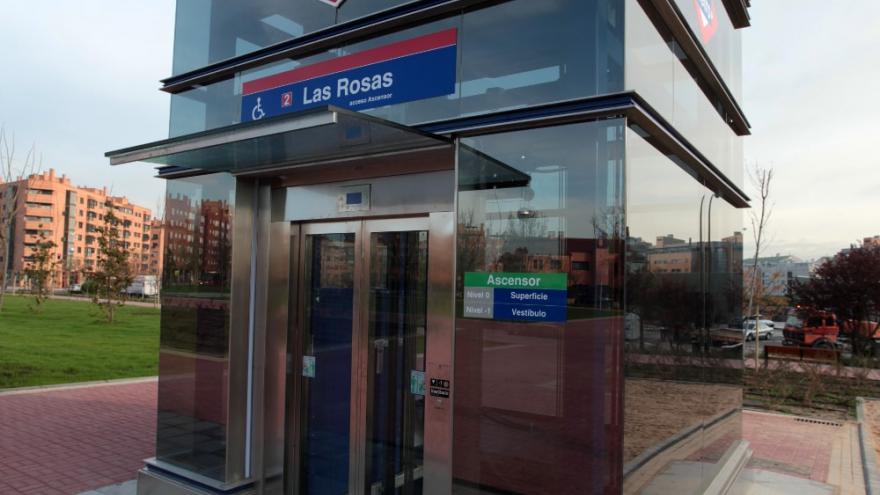 Ascensor de la estación de Las Rosas de Línea 2