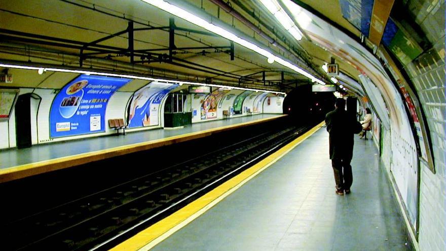 Estación de Ventura Rodríguez antes de la renovación