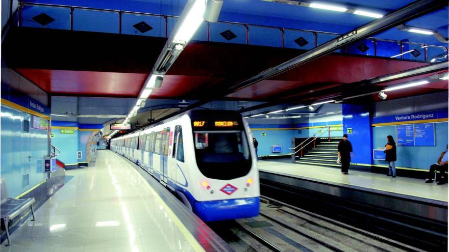 Estación de Ventura Rodríguez después de la renovación