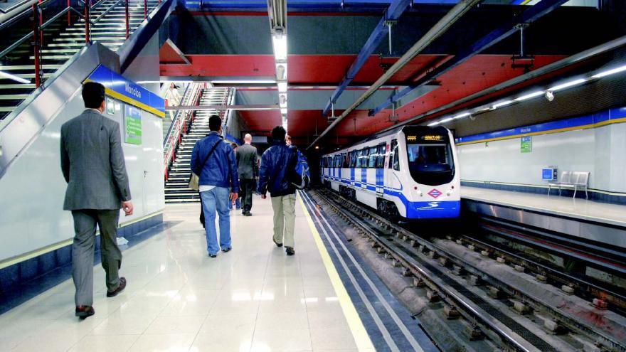 Andenes de la estación de Moncloa