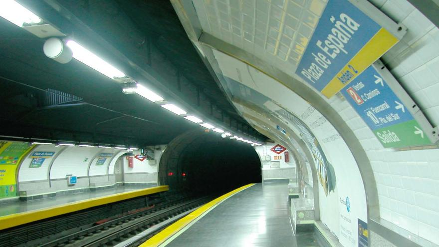 Estado inicial andenes estación Plaza de España