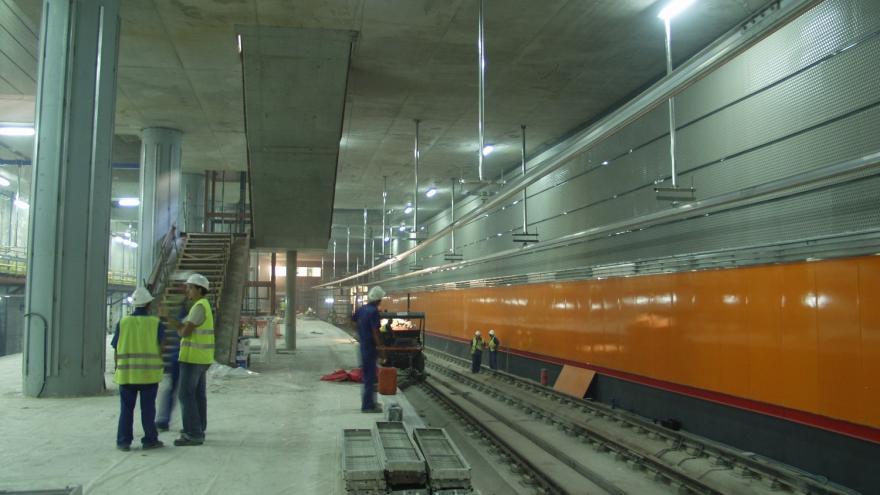 Andenes de la estación de Almendrales en obras