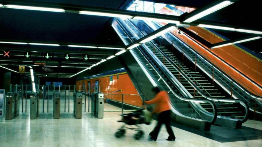 Paquete de escaleras calle-vestíbulo