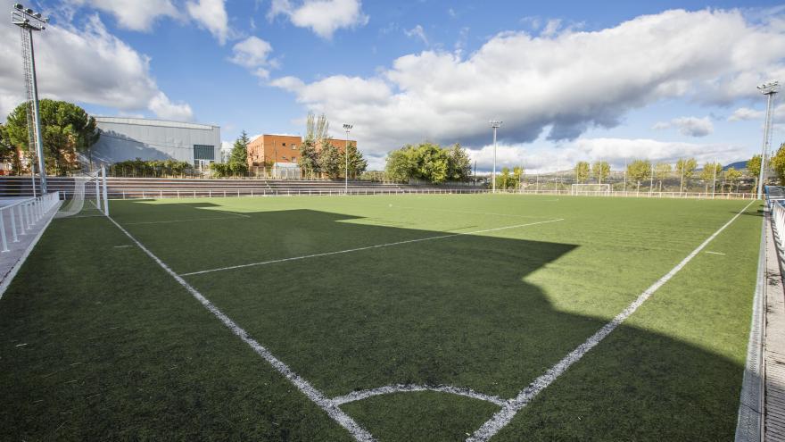 Campo de fútbol de hierba del Polideportivo San José Las Matas