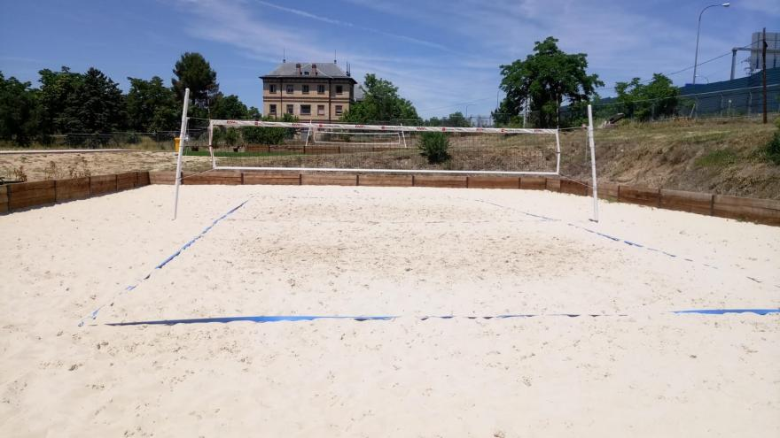 PISTA DE VOLEY PLAYA (2)
