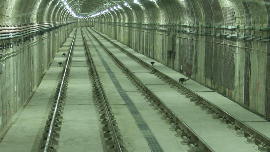 Interior de túnel