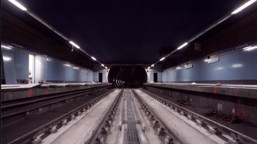 Estación con las vías colocadas