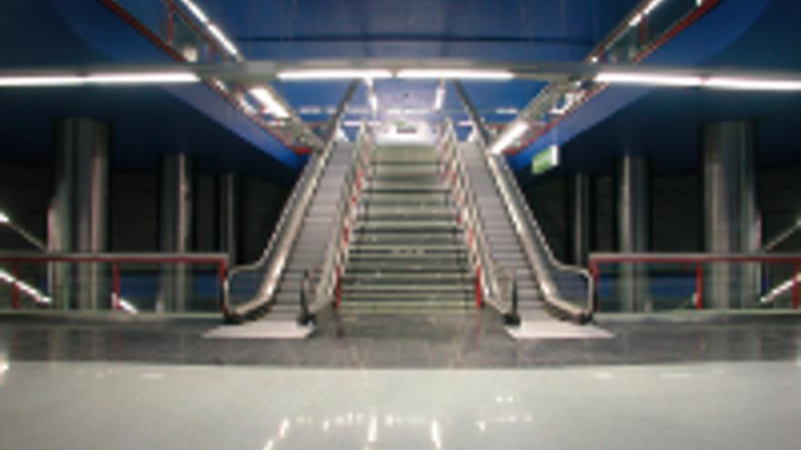 Escaleras mecánicas y fijas