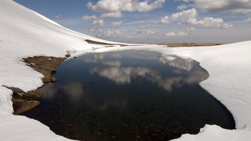 Humedales_Macizo de Peñalara. Laguna de los Pájaros. Pico de los Claveles