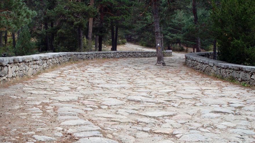Parque Regional de la cuenca alta del Manzanares. Calzada romana Valle de la Fuenfria