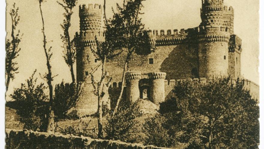 Castillo de Manzanares el Real. (Archivo Regional de la Comunidad de Madrid).