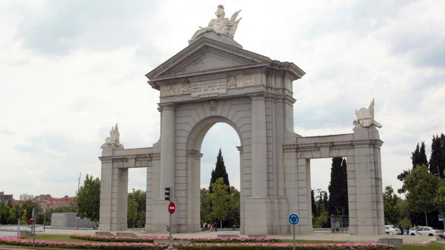Puerta de San Vicente. Madrid