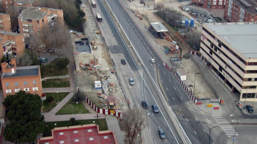 Vista aérea de la estación de Almendrales durante las obras