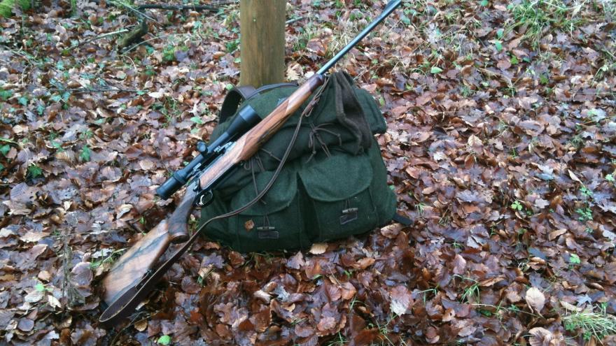 Aprovechamientos forestales. Equipo de caza