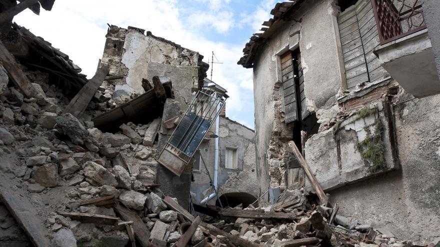 Intervención del ERICAM en un terremoto