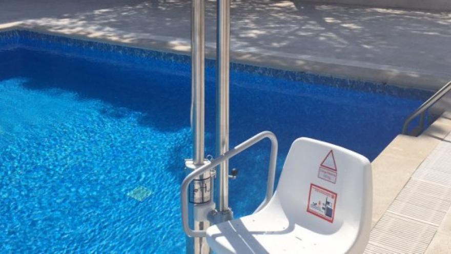 Grúa piscina