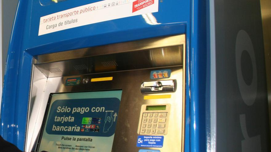Imagen de máquina de venta de billetes de Metro