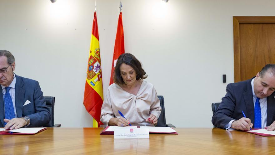 Ibarrola renueva los convenios con los Colegios de Abogados de Madrid y de Alcalá de Henares
