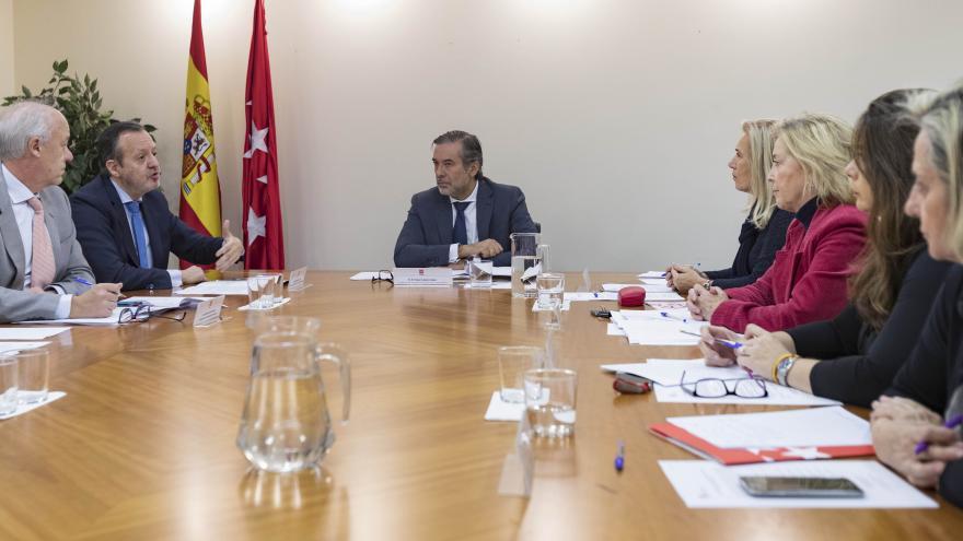 Enrique Lopez y Alberto Reyero durante la reunión