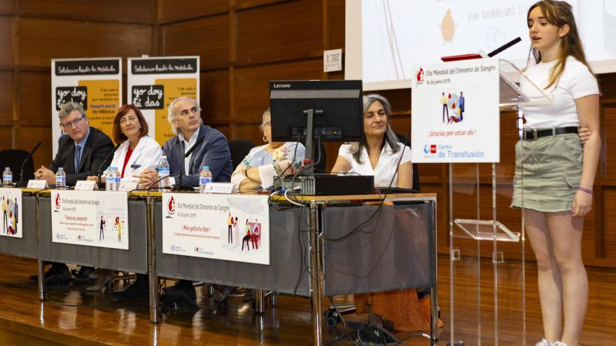 Ruiz Escudero asiste en el Centro de Transfusión a la celebración con motivo del Día Mundial del Donante de Sangre