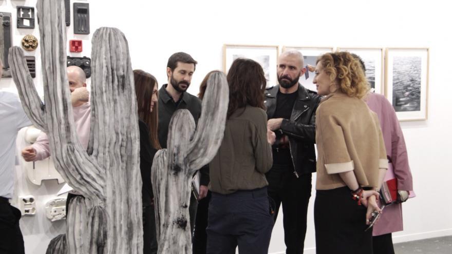 El consejero de Cultura, Turismo y Deportes, Jaime de los Santos, ha presidido hoy la reunión del jurado del Premio ARCO de la Comunidad de Madrid para jóvenes artistas