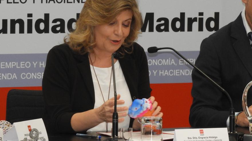 Engracia Hidalgo, consejera de Empleo, Economía y Hacienda, durante la presentación del balance de la campaña de Navidad