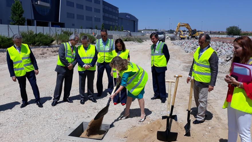 Hidalgo asiste al acto de primera piedra del Campus Airbus España tras ampliarse el Parque Empresarial La Carpetania, en Getafe