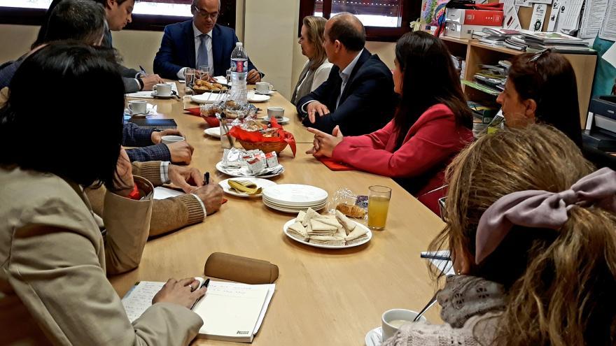 Van Grieken durante la visita