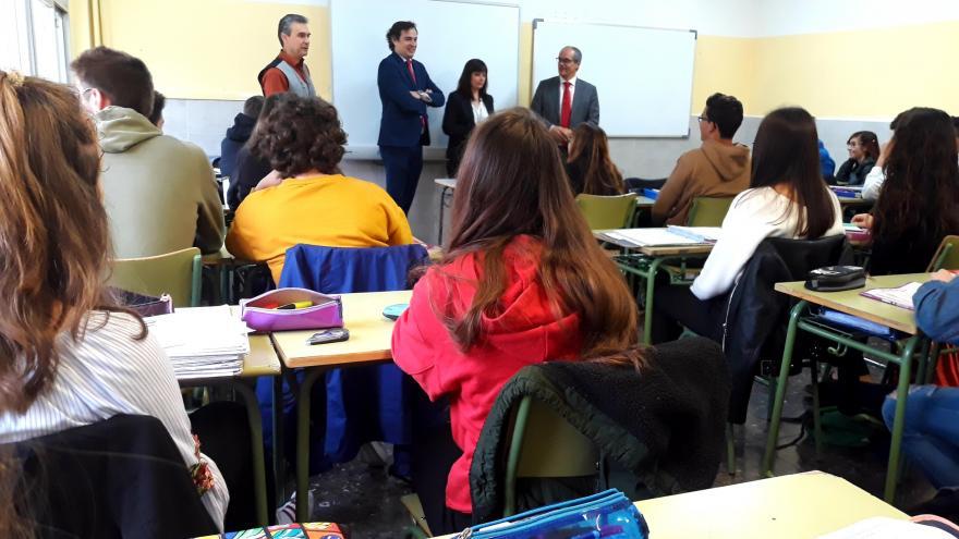 Rafael van Grieken en el instituto Complutense de Alcalá de Henares