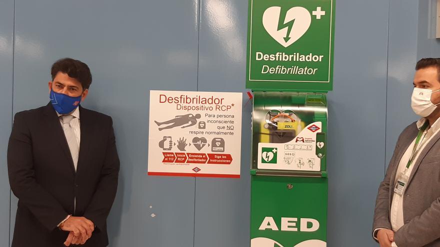 Completamos la instalación de desfibriladores en Metro de Madrid.