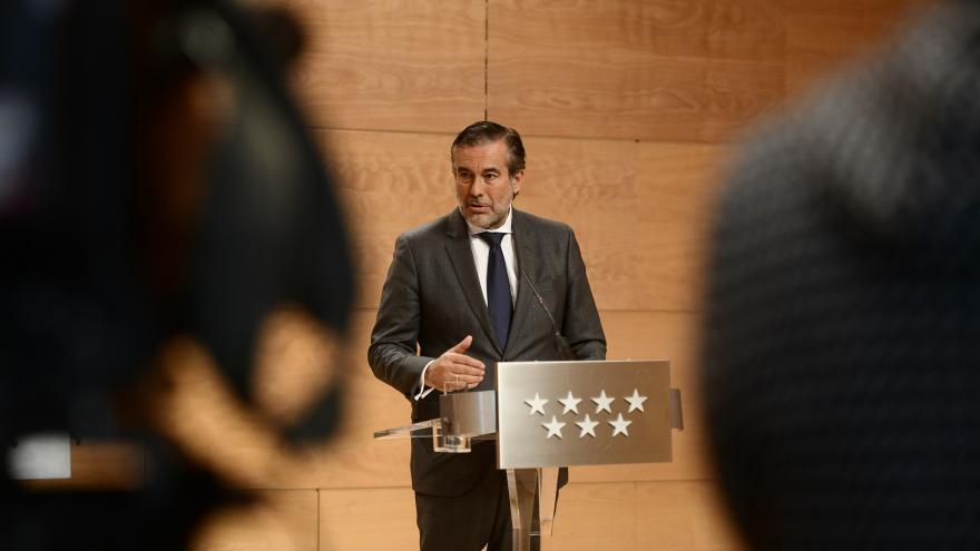 Enrique Lopez durante la rueda de prensa