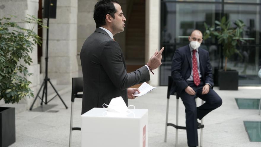 Ignacio Aguado y Manuel Giménez, en rueda de prensa