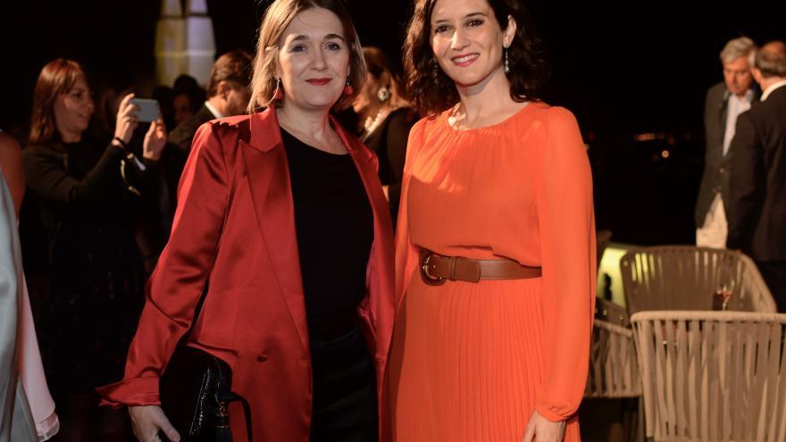Isabel Díaz Ayuso con Marta Rivera en la inauguración del hotel RIU