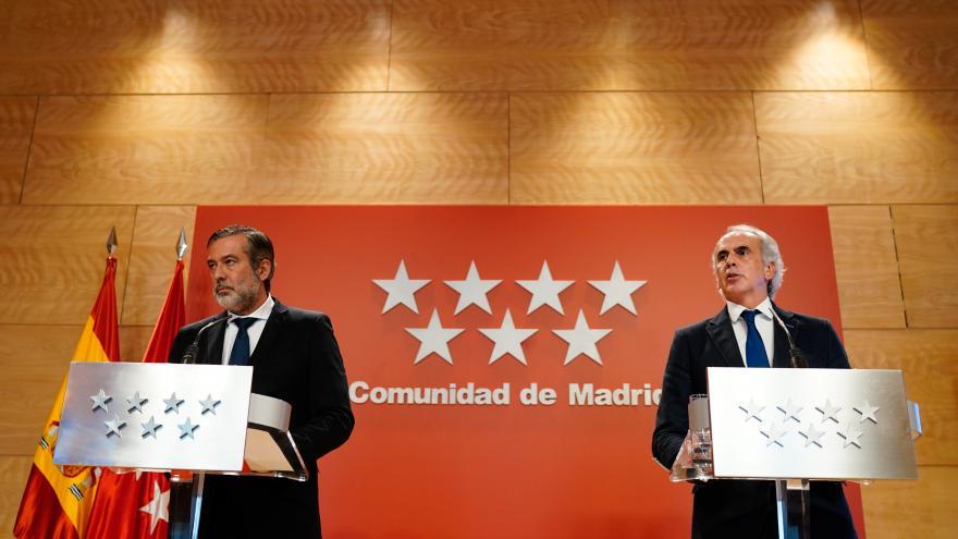 Enrique López y Enrique Ruiz Escudero, en rueda de prensa