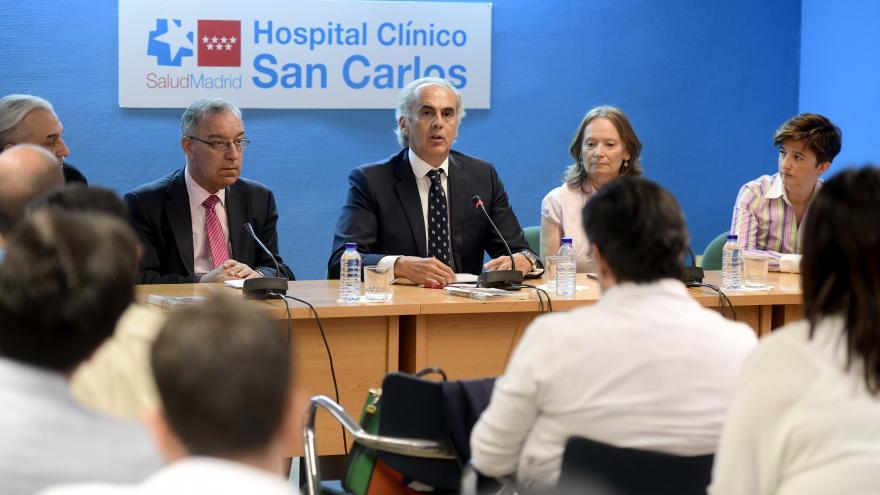 Enrique Ruiz Escudero durante la presentación