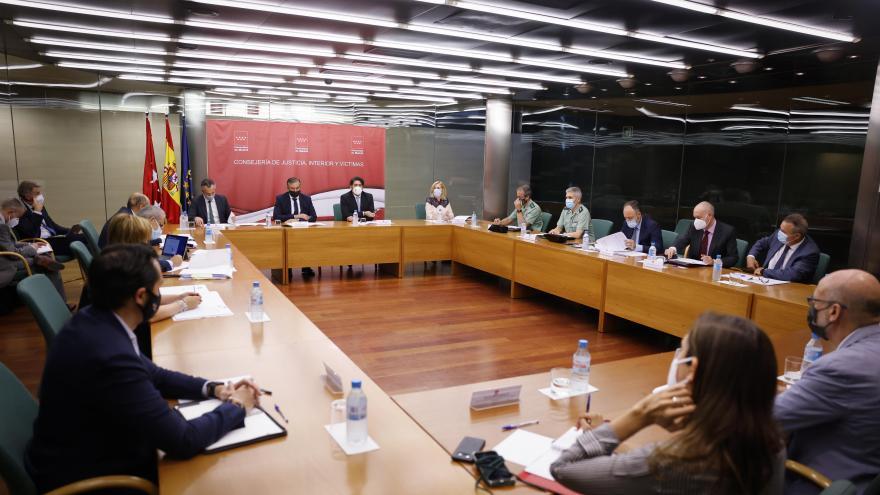 Enrique López y David Pérez han presidido la reunión de seguimiento de la Comisión de Apoyo a las Fuerzas y Cuerpos de Seguridad