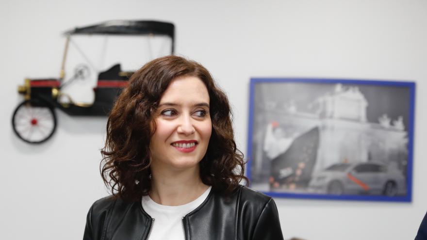 Díaz Ayuso en visita a Asociación Gremial del Taxi