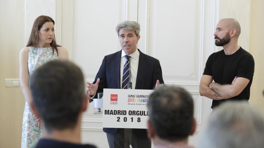 El presidente regional se reúne con representantes de asociaciones LGTBI en vísperas de Madrid Orgullo 2018