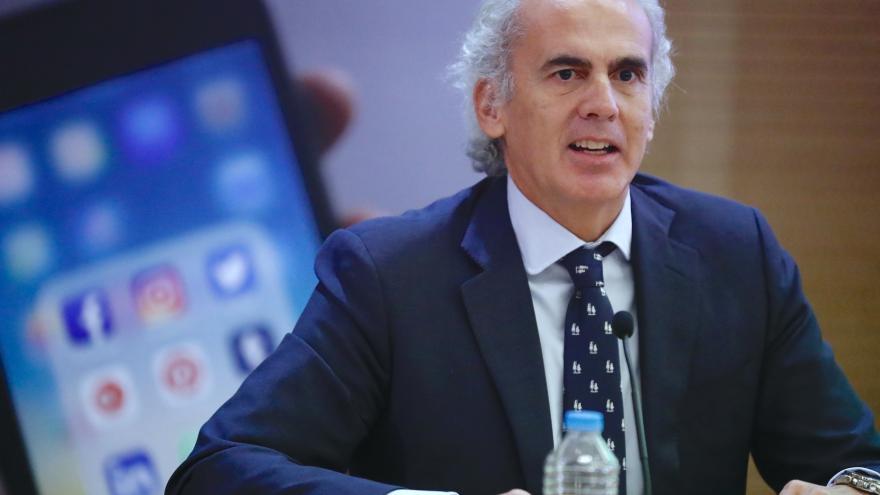 Enrique Ruíz Escudero durante la presentación
