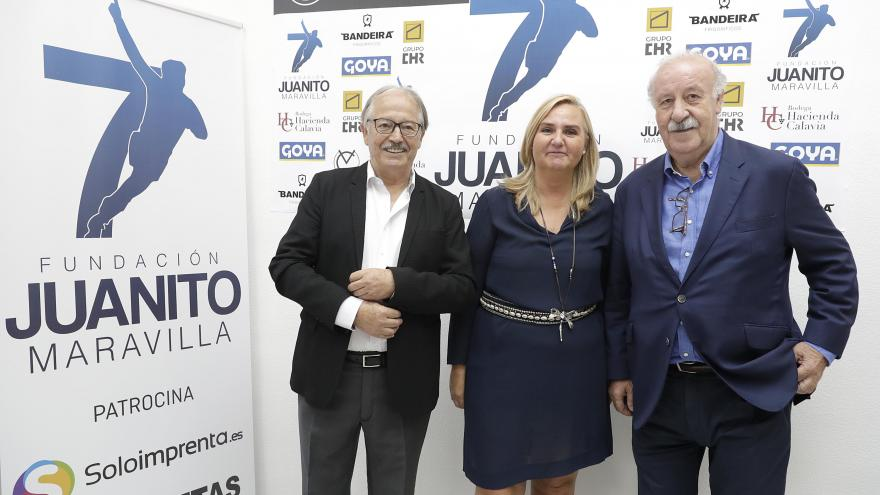 Gonzalo visita la nueva sede de la Fundación Juanito Maravilla, que se ha instalado en un inmueble alquilado a la Agencia de Vivienda Social