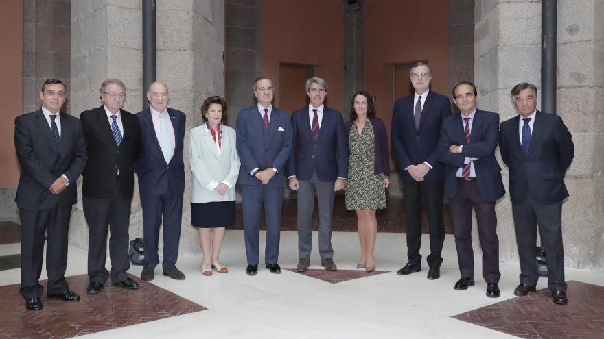 Ángel Garrido reunido con la junta directiva de la Unión Interprofesional de la Comunidad de Madrid (UICM)