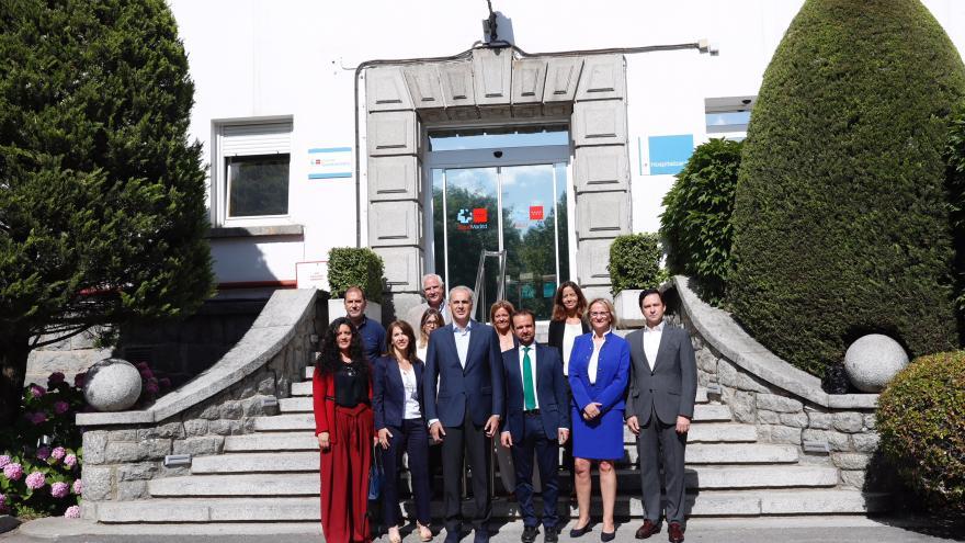 El consejero en funciones de Sanidad, Ruiz Escudero, participa en el 85 aniversario del Hospital de Guadarrama